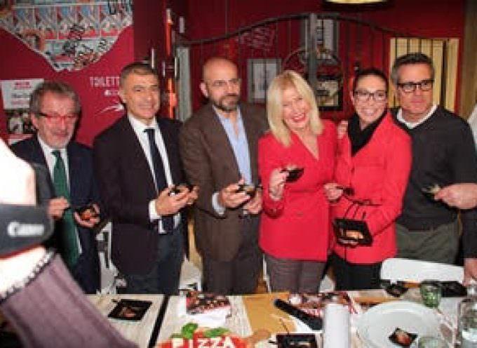 Rossopomodoro: L'arte dei pizzaiuoli napoletani è patrimonio immateriale Unesco