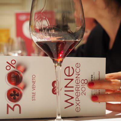 IL VINO DIVENTA ARTE A 300% WINE EXPERIENCE