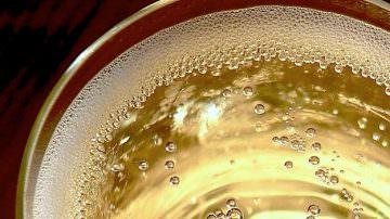 Aspettando Vinitaly 2018: Aumentano le zone di produzione e Dop e IGP dei vini frizzanti