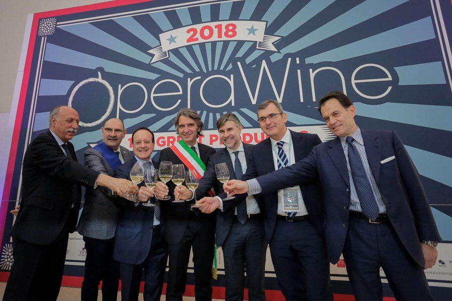 La settima edizione di OperaWine si veste d'America