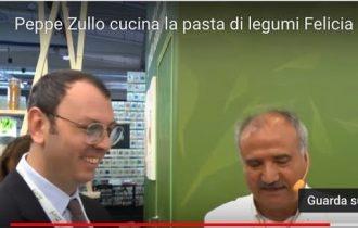 Peppe Zullo cucina la pasta Felicia a Cibus 2018 (video)