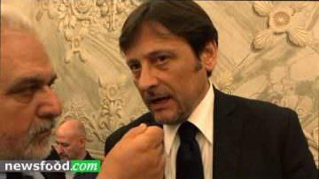 Legge enoturismo: Senatotre Dario Stefàno a Vinitaly 2018 (Video)