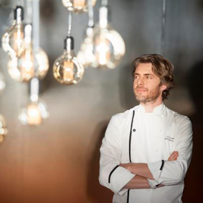 AQUA CRUA: TRE CONCORRENTI DI TOP CHEF IN CUCINA CON GIULIANO BALDESSARI