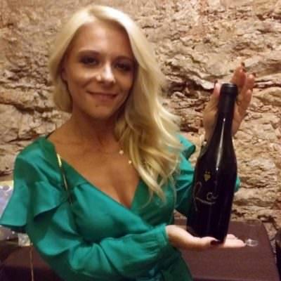 L'arte visiva di Daniela Denora celebra il vino dell'Alta Murgia