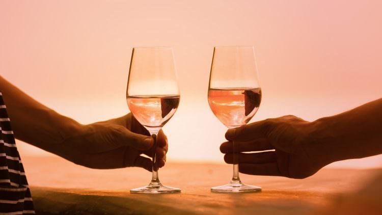 AL MERANO WINE FESTIVAL ARRIVA LA CHARITY MASTERCLASS DEDICATA AL VINO ROSA