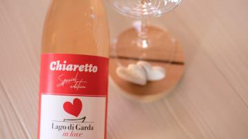 GARDA IN LOVE E JESOLO IN LOVE: CALICI DI CHIARETTO PER BRINDARE ALL'AMORE