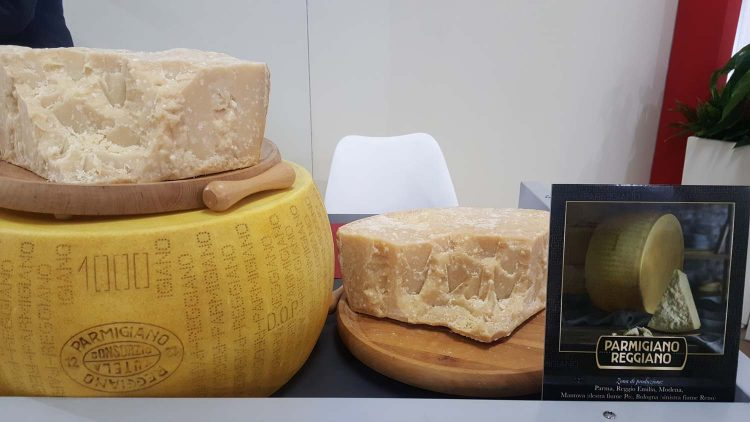 """Consorzio Parmigiano Reggiano, precisazioni sull'interessamento di Lactalis per il  """"re dei formaggi"""""""