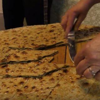 Soparnik ricetta: come si fa la focaccia dei pirati del Gata, Spalato, Dalmazia (Video)