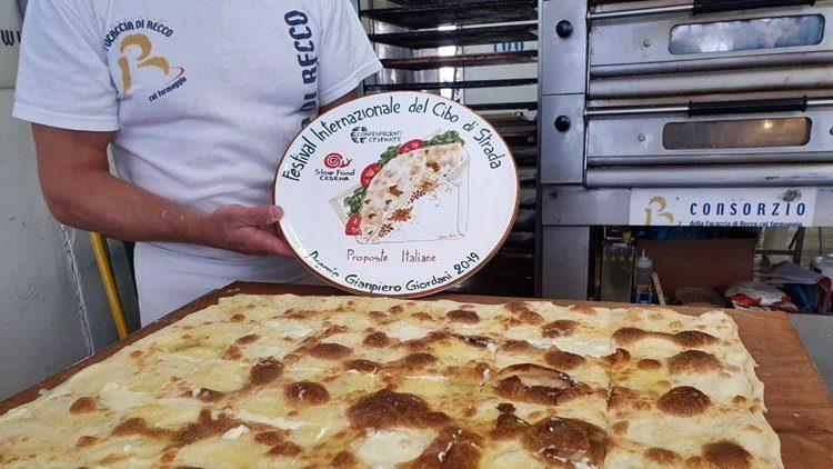 Street Food, vince la focaccia col formaggio del Consorzio di Recco