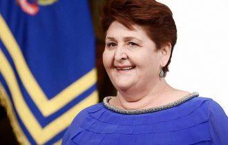 CHAMPAGNE E CAVA CAMBIANO PASSO –  Appello al Ministro Bellanova