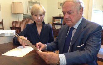 La firma di Leonardo da Vinci all'Archivio di  Stato Milano