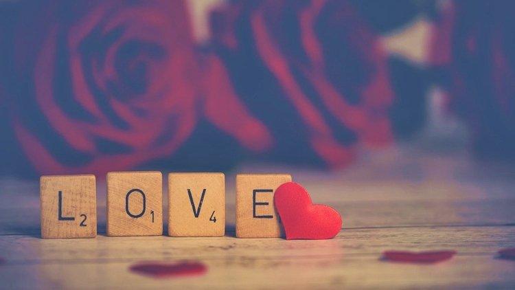 Poesie di San Valentino, l'amore declinato in versi