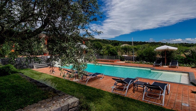 Country House vista Etna, la location unica di Casa Arrigo, la Sicilia al top