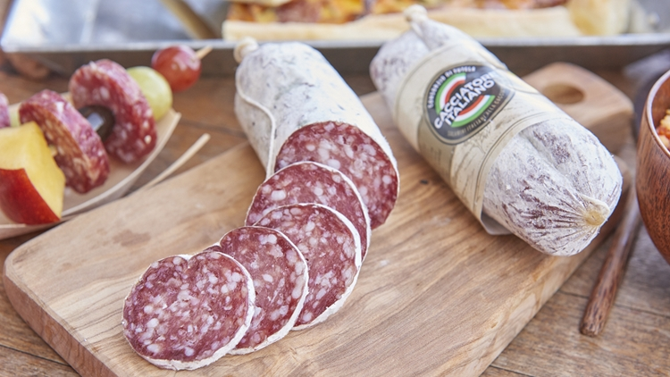 Idee e abbinamenti inediti per non rinunciare mai alla bontà del Salame Cacciatore Italiano