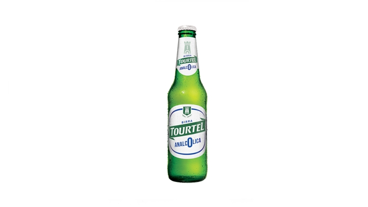 Nuovo packaging per Tourtel: la birra nata nel 1839 per essere analcolica