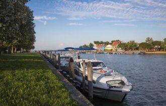 Vacanza lenta sul fiume e tra i canali lontano da Covid-19