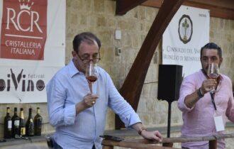 Divino Festival di Castelbuono: il primo festival enologico del 2020 dopo la pandemia -Aggiornato con i vincitori