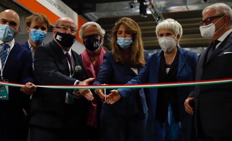 ALL AROUND WORK Inaugurazione al Megawatt di Milano
