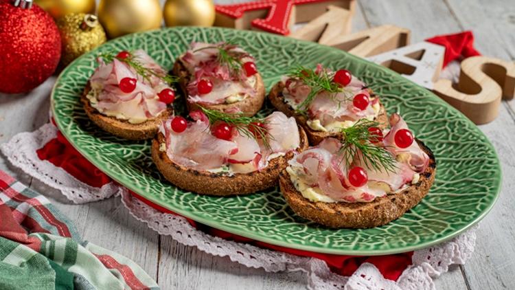 """A Natale, HAPO porta in tavola l'idea giusta con il pesce fresco """"targato"""" Fish from Greece e l'elegante ricetta di Sonia Peronaci"""