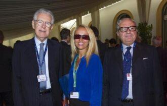 """Mario Monti nel libro """"Giovanissima e immensa"""". Ritratto della nostra società alle soglie del new normal"""