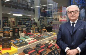 Novità in vetrina: Libreria Hoepli a Milano, Giovanissima e immensa, il libro di Achille Colombo Clerici