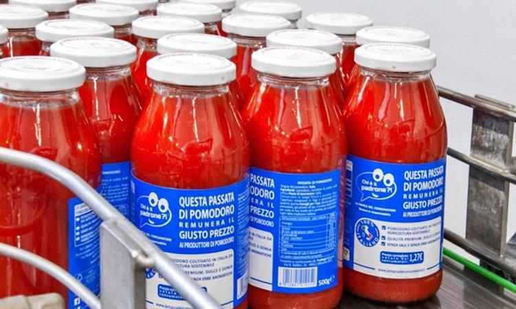 La Passata di pomodoro dei Consumatori italiani arriva sugli scaffali della grande distribuzione –