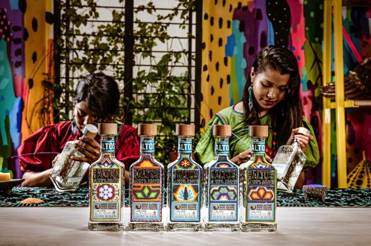 Altos Tequila sostiene la comunità Huichol messicana