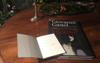 """In morte di Giovanni Gastel, di Achille Colombo Clerici – Il titolo del libro """"Giovanissima e immensa…"""""""