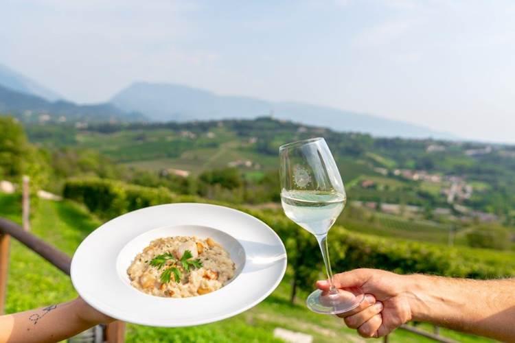 Ca' del Poggio riparte: hotel e ristorante pronti ad accogliere gli ospiti delle colline del Prosecco