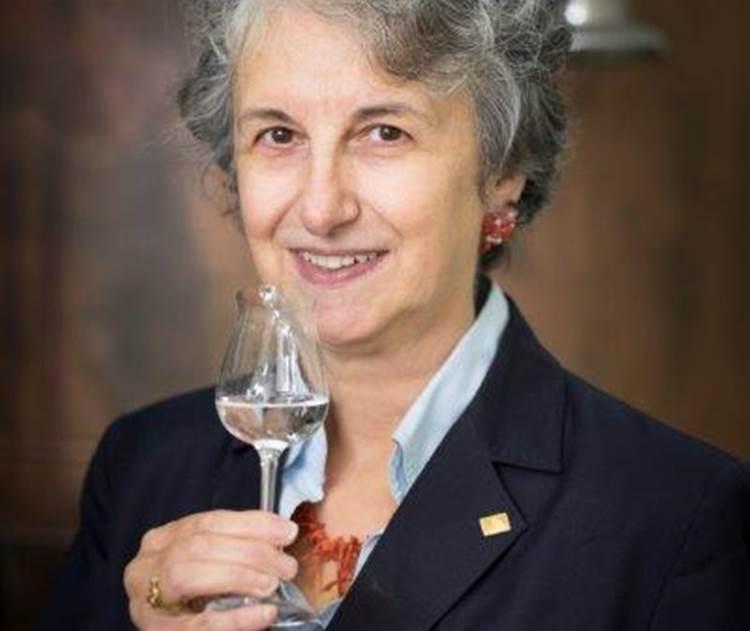 Paola Soldi confermata alla guida di Anag, associazione nazionale assaggiatori grappa e acquaviti