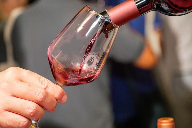 Il Primitivo di Manduria vale 182 milioni di euro: oltre 28 milioni di bottiglie, 21 milioni di litri (+ 26% del 2019)