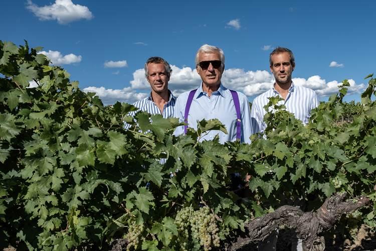 """Dal Grillo: vitigno amato da Antonio Moretti Cuseri, il vino che celebra famiglia e amici. E' """"Family & Friends"""", etichetta di punta di Feudo Maccari"""