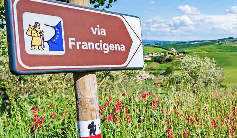 Via Francigena Italia pro Unesco – Passaggio a Piacenza dei pellegrini in occasione della Road to Rome per i 20 anni di AEVF