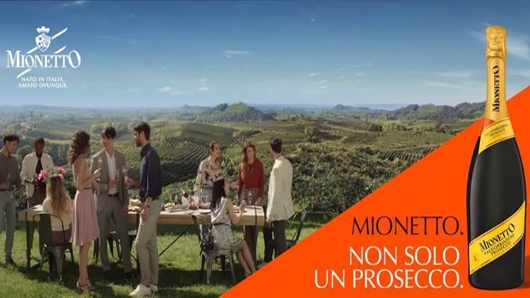 On Air la nuova campagna globale di Mionetto