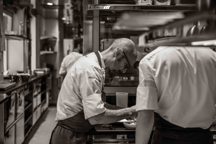 Il Menu del Barolo dello Chef Enrico Crippa al Ristorante Piazza Duomo di Alba. Un tributo alle Langhe, al Piemonte e alle sue grandi tradizioni
