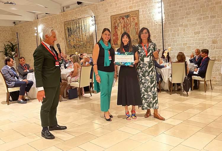 La pelle di mela per abbigliamento sportivo di Helga Lazzarino vince il Premio Danila Bragantini 2021 delle Donne dell'Ortofrutta