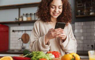 Google, più italiani cercano ristorante sotto casa e 'vicino a me': da 110% a +550% è boom ricerche online