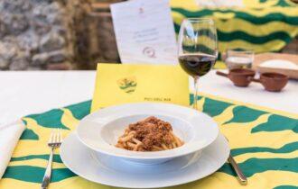I pici (candidati Patrimonio Unesco) sposano il vino Nobile di Montepulciano
