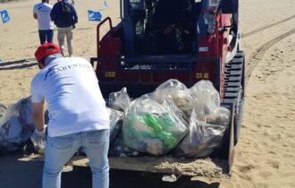 Ambiente, Catania: Sibeg e Marevivo insieme per ripulire le spiagge libere della Plaia